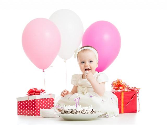 Immagini primo compleanno bambina