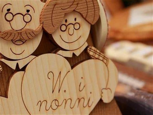 Lettera Anniversario Di Matrimonio Nonni.Lettera Ai Nonni 26 Lettere Per Celebrare I Nonni In Ogni
