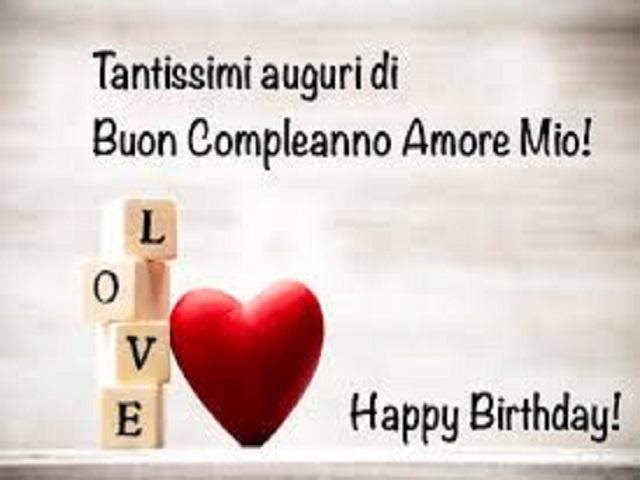 Buon compleanno con scritta Love