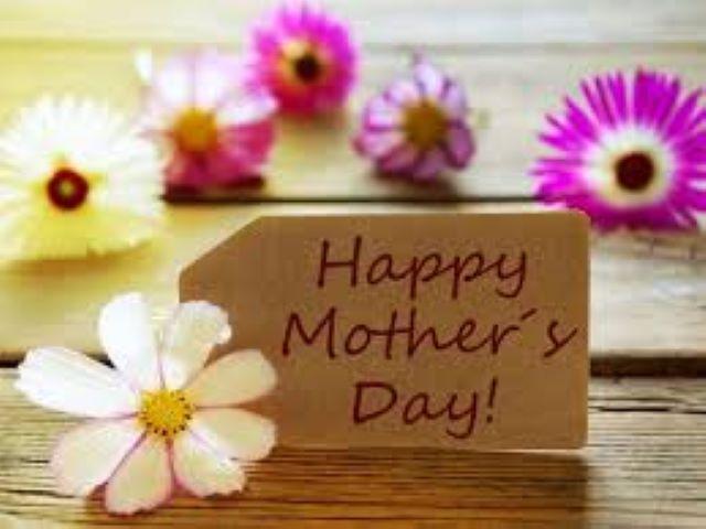 immagini fiori festa della mamma
