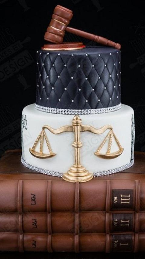 torta laurea giurisprudenza