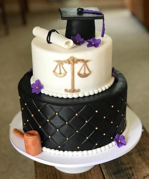 torta laurea legge