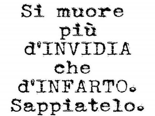 Invidia 136 Frasi Immagini Canzoni Aforismi Poesie E Consigli