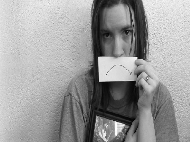 immagini di donne tristi