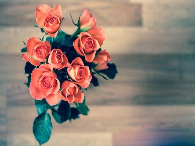 immagini di mazzi di rose