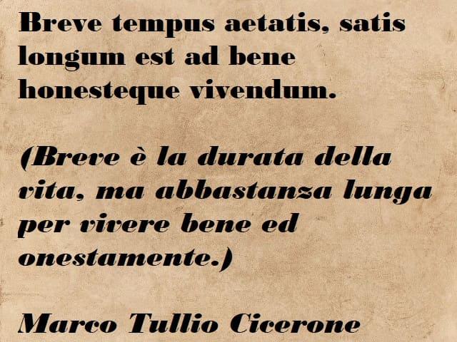 frasi in latino sul tempo