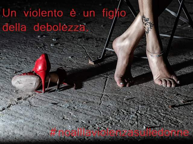 immagini no alla violenza sulle donne 2