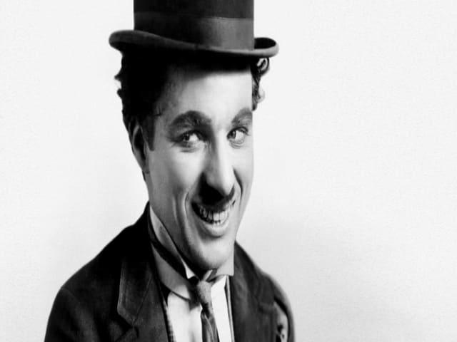 Charlie Chaplin frasi sul sorriso