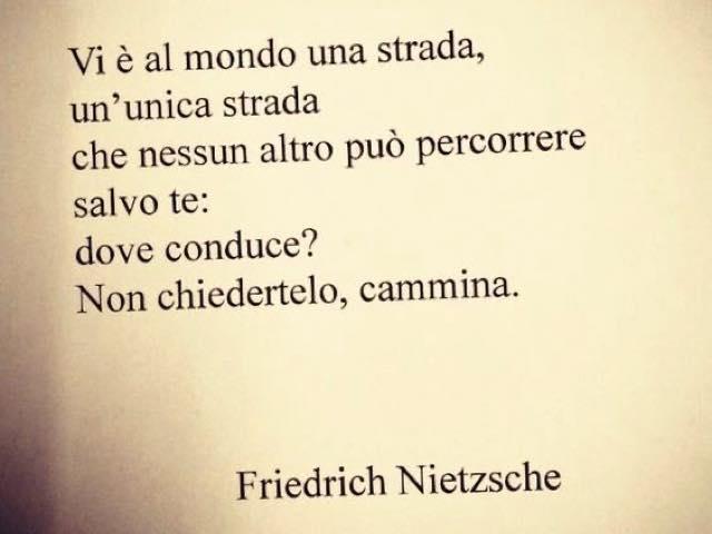 Frasi Sulla Vita Nietzsche.Immagini E Frasi Di Nietzsche 295 Pensieri Filosofici Su Cui Riflettere Frasidadedicare